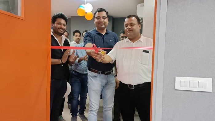 ZinEdu Launches First of its Kind Hybrid (Offline + Online) Coaching Center in Bilaspur for National Level Competitive Exams